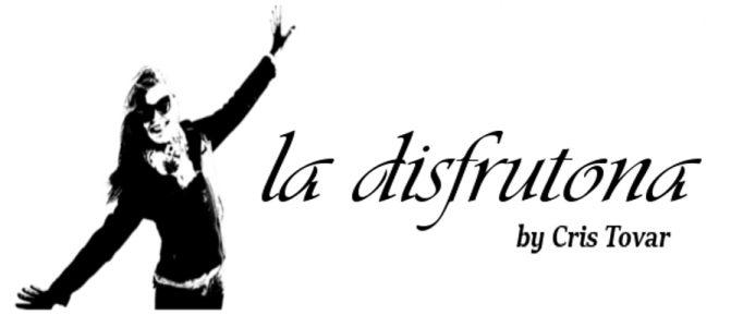 La Disfrutona   by Cris Tovar